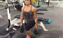megan split squat
